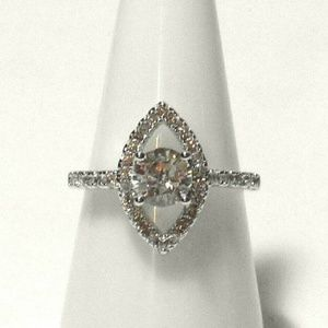 Ring Size 9 Simulated Diamond #548